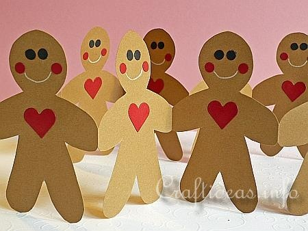 Gingerbread men - paper garland