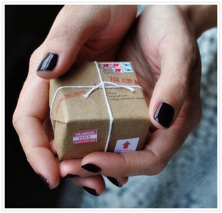 Valentine's Day DIY | Tiny Valentine's Parcel