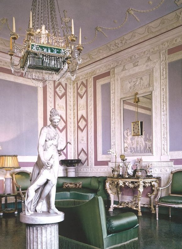 Emilio Pucci villa Florence color combo upstairs hall: