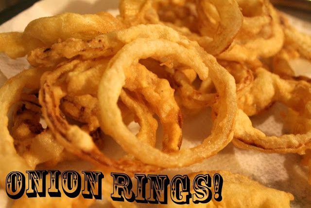 Onion rings COMFORT FOOD: con questa elegante e all' apparenza inoffensivaparola, gli inglesi indicano quella vastissima categoria di cibi super sbombosi, super ...