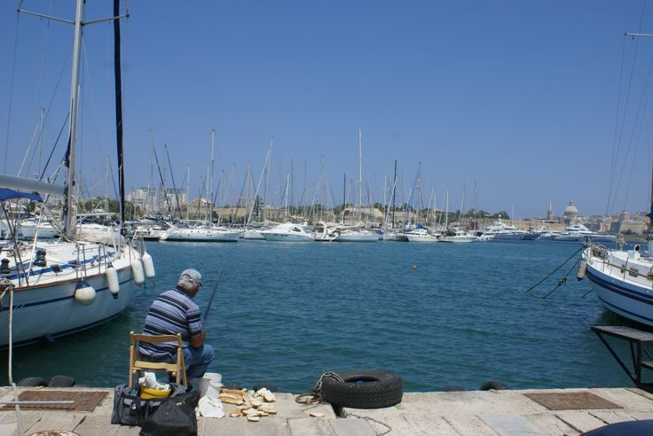 Hi eveybody! This is a picture I took on Gzira seafront in front of our shop. Do you like it? :)  www.camillerimarine.com Your Camilleri Marine Team