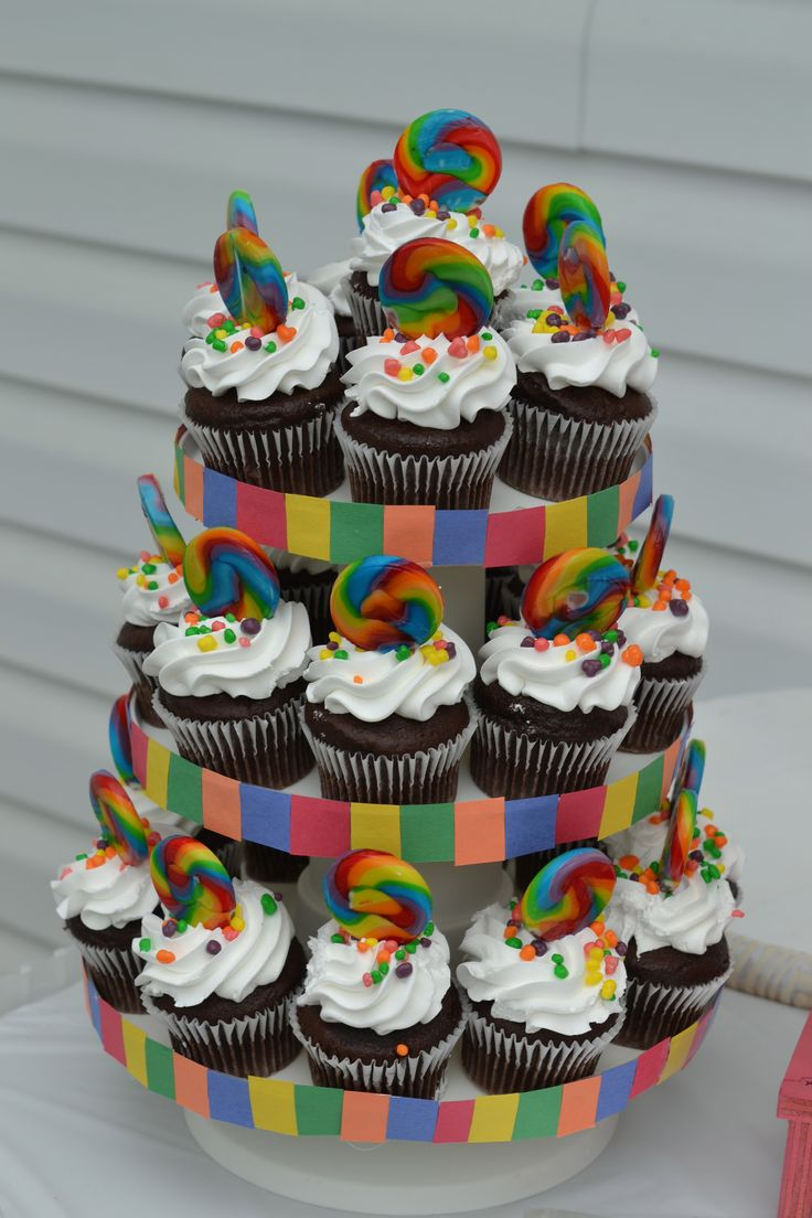 candyland cupcake display Nicole Holliday, what about this for kc?