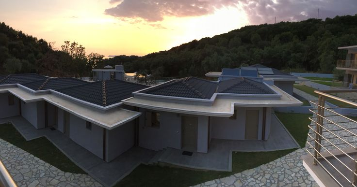 Exclusive Villas and Buildings