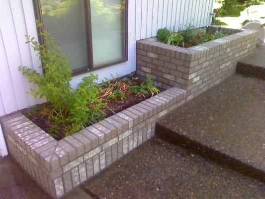 Brick Planter Box Brick Planter Small Backyard Gardens
