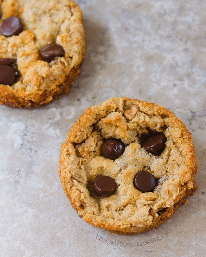 Muffin Tin Cookies - Ingredients: 1/2 cup peanut butter, 1/2 tsp vanilla extract, 1/4 tsp baking soda, 2 tbsp... Full recipe: http://chocolatecoveredkatie.com/2016/08/01/peanut-butter-cookies-muffin-tin/ @choccoveredkt