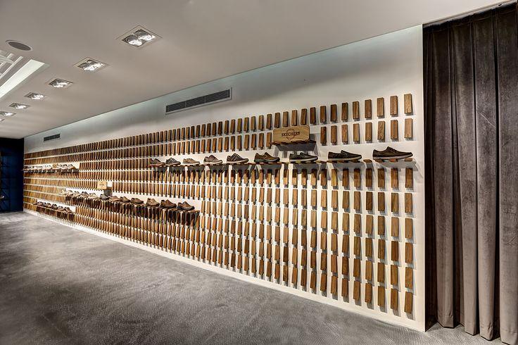 Gallery of Skechers TR Casual Showroom / Zemberek Design - 14