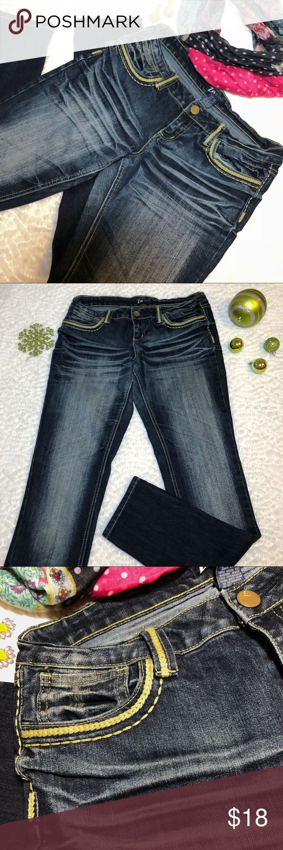 NWOT Z2 Skinny Jeans New condition • 65% cotton / 33% polyester / 1% spandex Z2 Jeans Jeans Skinny