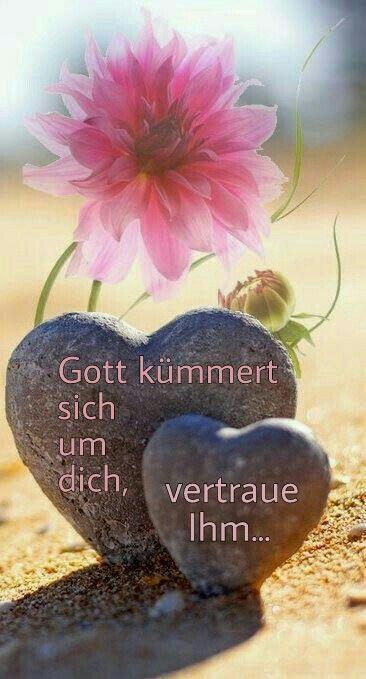 God takes care of you, trust him...  ----    Gott kümmert sich um dich , vertraue ihm ...