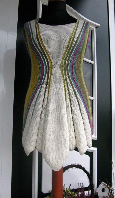 beautiful tunic created with shortrows. Хейдрун Лиегман: вязаные фантазии - Ярмарка Мастеров - ручная работа, handmade