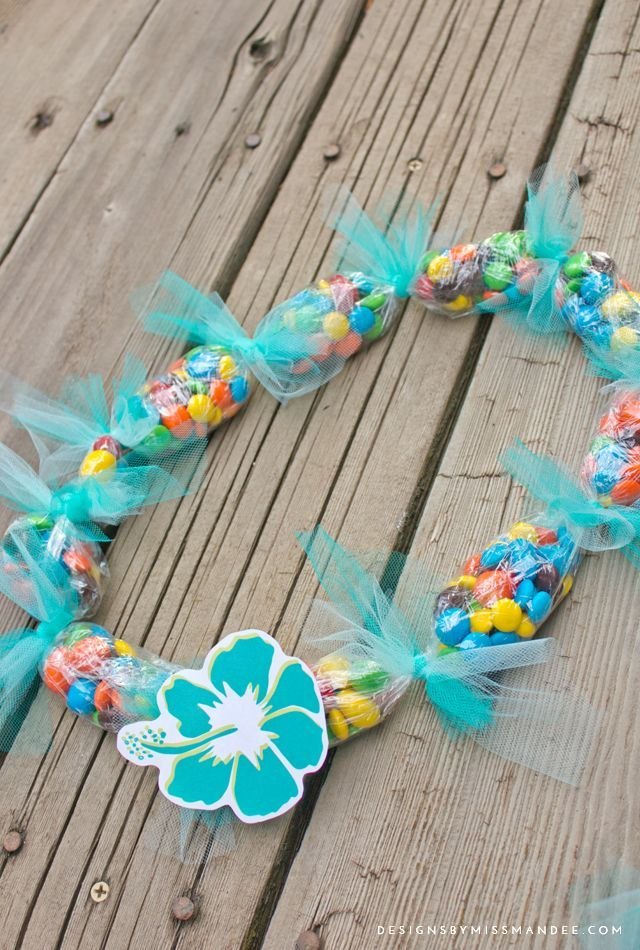 Leis with M&M's® and Hawaiian Clip art – #Art #CL…