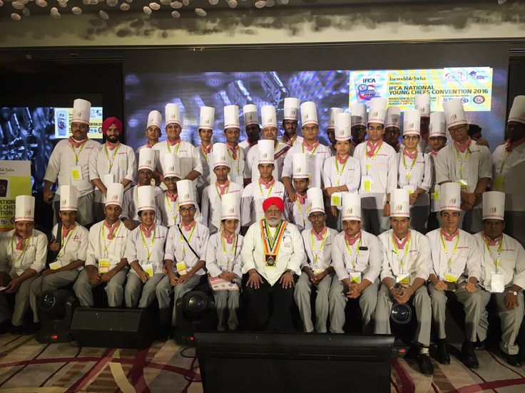A proud moment for students of Culinary Academy Of india with Chef MANJIT SINGH GILL-Director Food at ITC Hotels Gurgaon