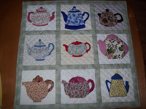 103 best teapot quilt images on pinterest kitchen quilt for Kitchen quilting ideas