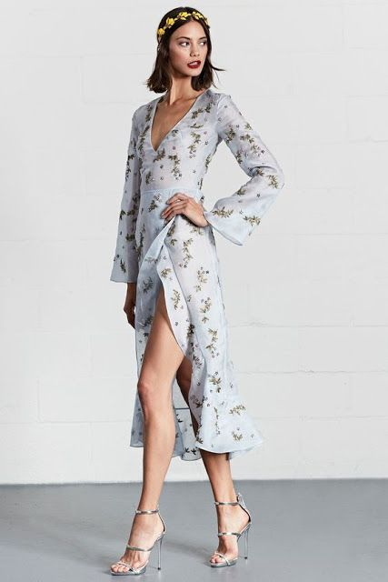 How to wear Long sleeve Dresses | Dennis Basso Resort 2018 Fashion Show