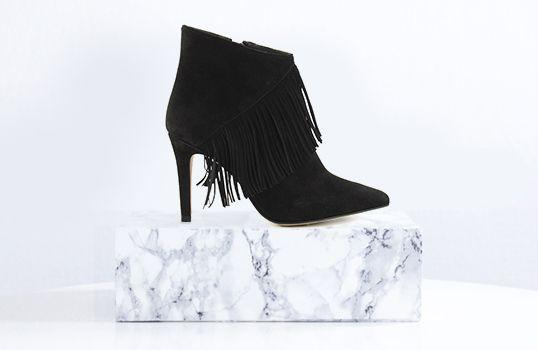 Fringe ankle boots in black - Franje enkellaarsjes met hak in het zwart