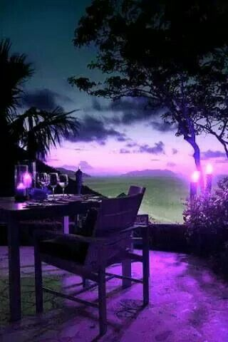 *Purple. I would love to sit here drinking a nice beverage with a good friend