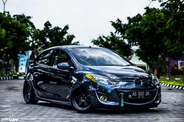 GETTINLOW | Bobby Satria: 2012 Mazda 2 Sport-S