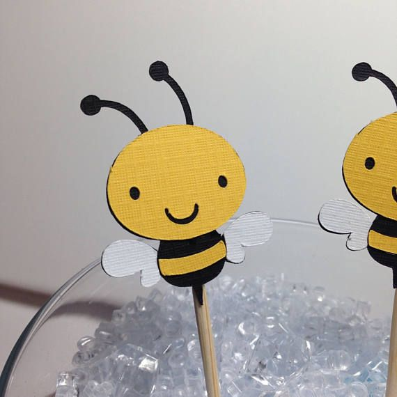 MINI Bee Cupcake Toppers ~ Paper Bee Food Picks, Mom to BEE Baby Shower, Mama to BEE Baby Shower, Spring Baby Shower Decorations, Cute Bee