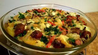 Din sertarul cu rețete: Cartofi cu legume și cârnați