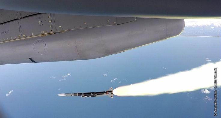 © Dassault Aviation / DR - Essais en vol du METEOR, le 28 avril 2015, depuis le centre d'essais en vol de la DGA, à Cazaux.