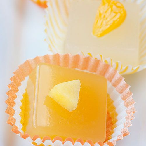 Mango Cosmopolitan Jelly Shots | Recipe