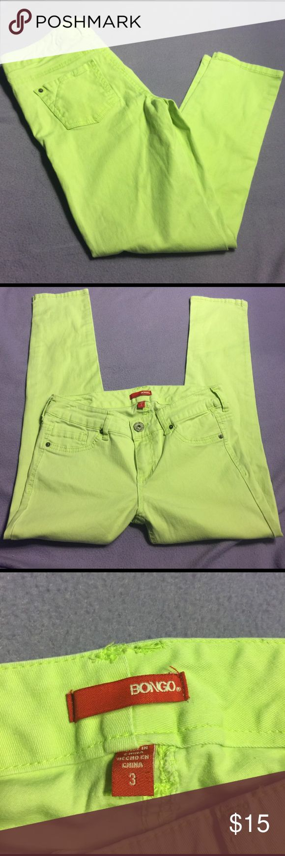 BNWOT Bongo lime green SZ 3 skinny jeans juniors Brand new without tags size 3 juniors Bongo pastelish lime green skinny jeans. Have a slight stretch but not much. Perfect splash of color BONGO Pants Skinny
