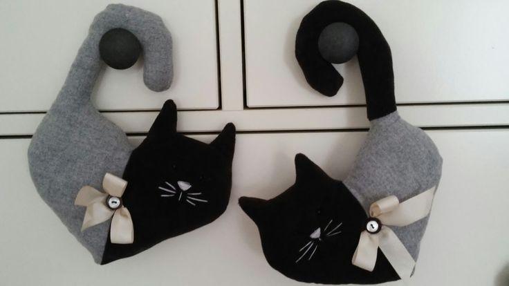 Gatti siamesi in tessuto