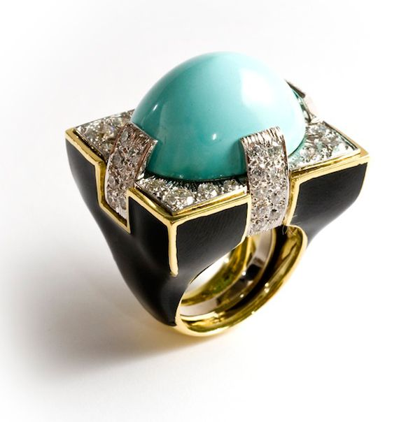 David Webb, one of the greatest american jewelry designers and manufacturer , opened his flagship store in Manhattan, in 1945. David Webb is possibly best known for his bold, colourful pieces, especially enamel jewelry of animal themes, where frogs … Continued