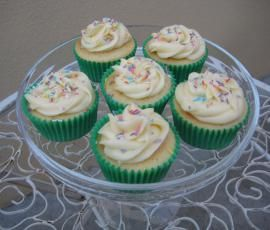THERMOMIX - vanilla cupcakes - adapted from the Crabapple Cupcake Book. good reviews