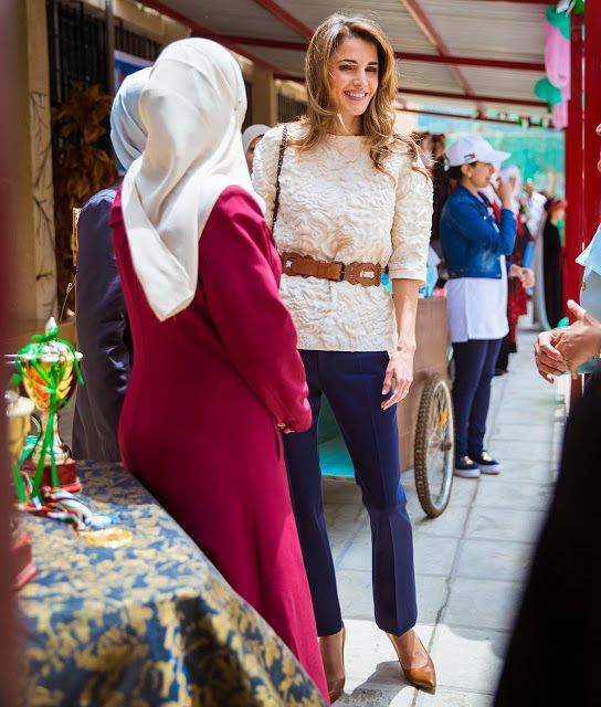 ♔♛Queen Rania of Jordan♔♛... Queen Rania visited the Safout Secondary School for Girls. May 2016