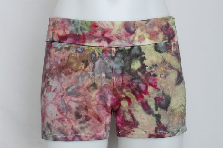 Tie dye size Large yoga shorts ice dye - Waterlilies crinkle by A Spoonful of Colors Find this item on https://aspoonfulofcolors.com