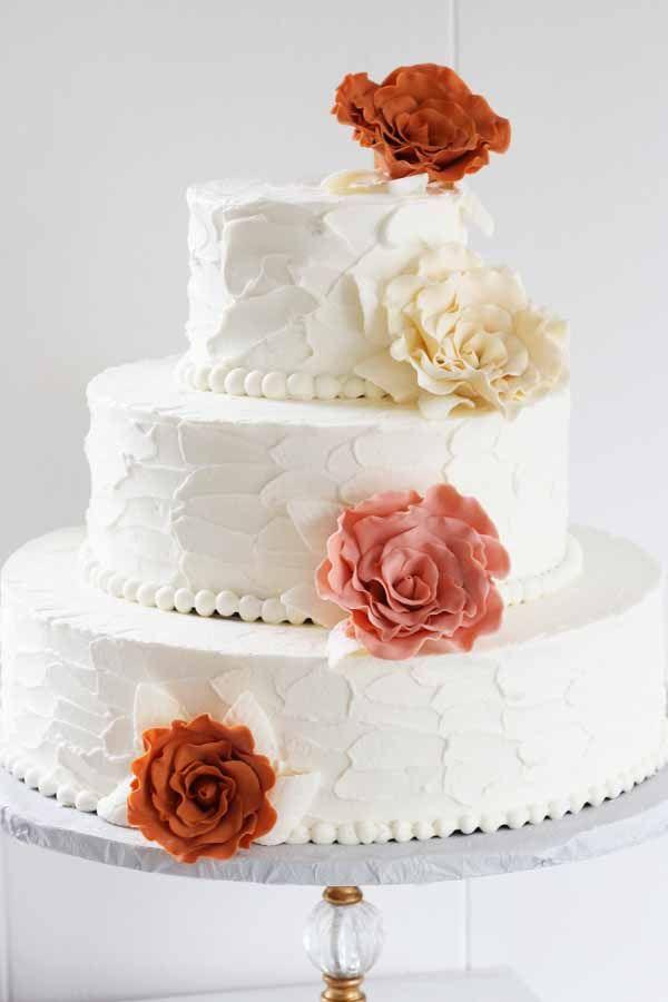 C193 buttercream wedding cake sugar flower 84