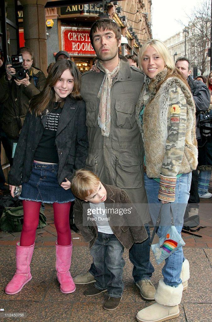 Rachel Appleton, Gene Gallagher, Liam Gallagher and Nicole Appleton