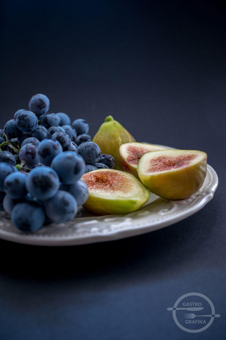 figs, otello grapes, food styling
