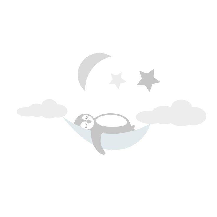 Vår gulliga Poppy Pingvin sover skönt under stjärnhimlen och gärna ovanför sängen i ett barnrum! Dekorera enkelt med våra wallstickers som går att flytta och använda flera gånger🌟  #pingvin #stjärnor #väggdekor