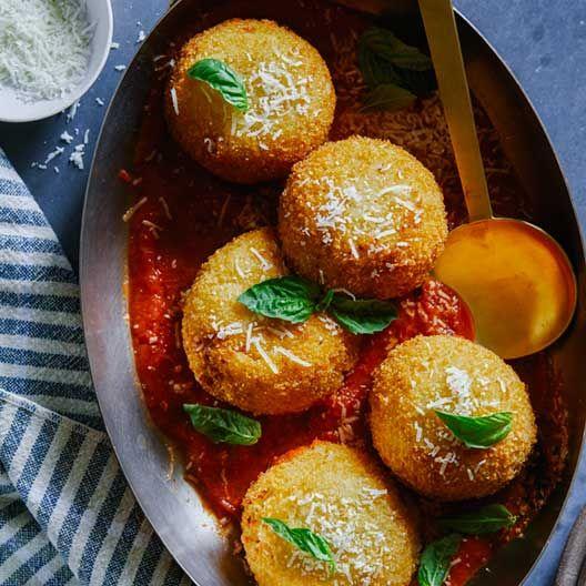 Giant Baked Cauliflower Arancini | Spoon Fork Bacon #caulirice #gf (with the panko subbed) #vegetarian
