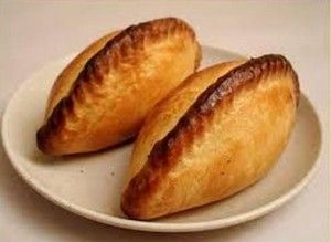 How to make salteñas, the Bolivian empanadas #recipe #HHM