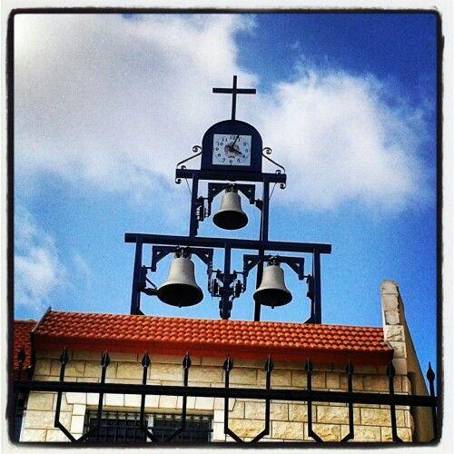 Τρικάμπανο κινούμενες με ρολόι στο Ισραήλ