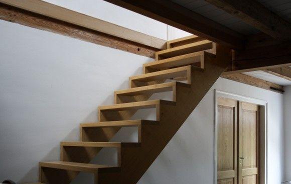 17 beste afbeeldingen over interieur trap en entree op pinterest belgi house en trappenhuizen - Ontwerp betonnen trap ...