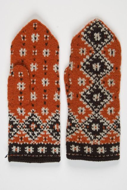 Estonian National Museum, Women's Mittens. I love that there are three colors going on in the colorwork!