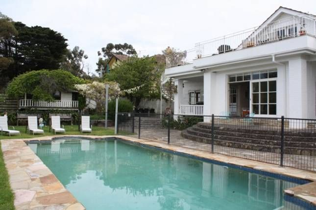 Bay aspect and pool 7 br