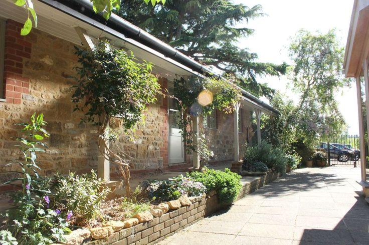 Fancy an #autumn break?  Late availability #offers for #October stays at Flo's Cottages