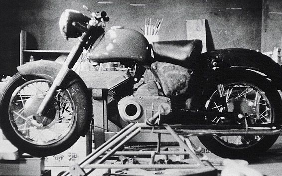 Our Stories:07 Wholly Original YD1 Born of a Passion for Creation - History   YAMAHA MOTOR CO., LTD. Company information