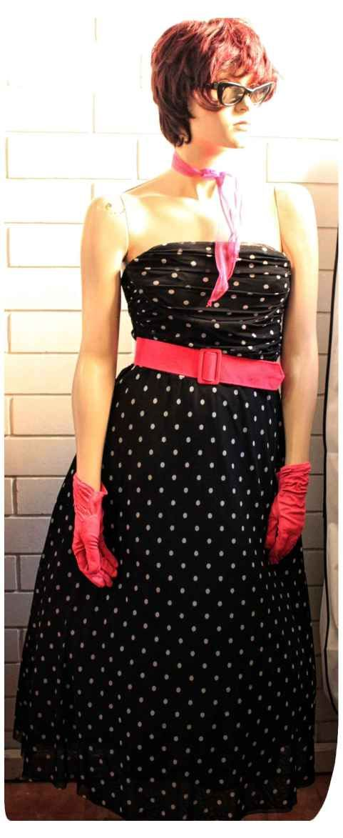 Good Golly Miss Molly! 1950's Rockabilly Girls are Hot! - Bombshell Costumes