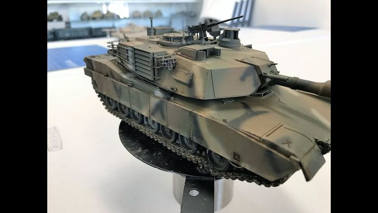 Tamiya M1 Abrams painted and weathered with Vallejo Merdc colors paints