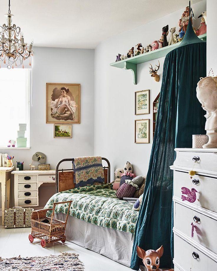 """2,029 Me gusta, 19 comentarios - ELLE Decoration Sverige (@elledecorationse) en Instagram: """"Att inreda ett barnrum är bland det härligaste som finns, tycker vi!  Bara fantasin sätter…"""""""