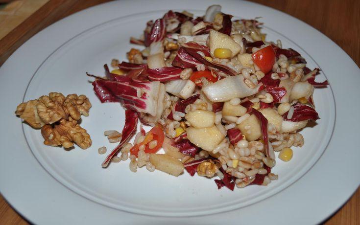 insalata fresca di cereali radicchio e mela
