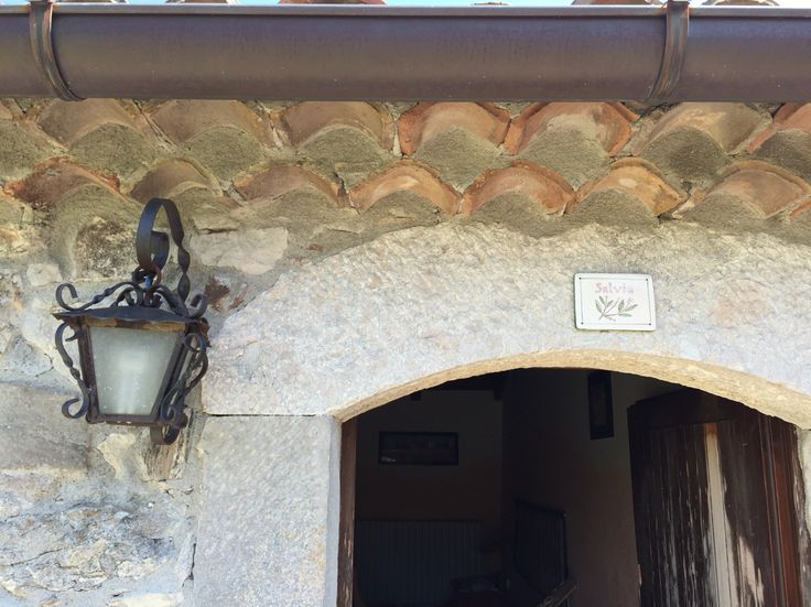 Borgo Cerquelle. Entrance to one of the cozy rooms for the guests