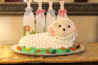 Love this lamb cake for Easter that my sister made.