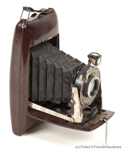 Pontiac (MFAP): Bakelite camera