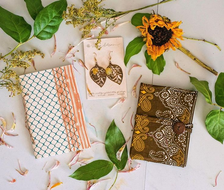 🤗CLOSED 🤗 . I found these gorgeous journals and a pair of earrings while cleaning out a box. I have no use for these gorgeous products so I decided to do a giveaway! These products were handmade by women from India (@villageartisan) 3 winners will be chosen. One prize each winners. Prizes to choose from are: . - 4.5x6.75in string-bounded notebook made from 100% recycled cotton from the textile industry in India. (paper diary) - Handmade 4.5x5.5in notebook made from Nepal paper with brown…
